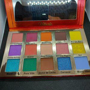 Glamlite Kaliente Eyeshadow palette